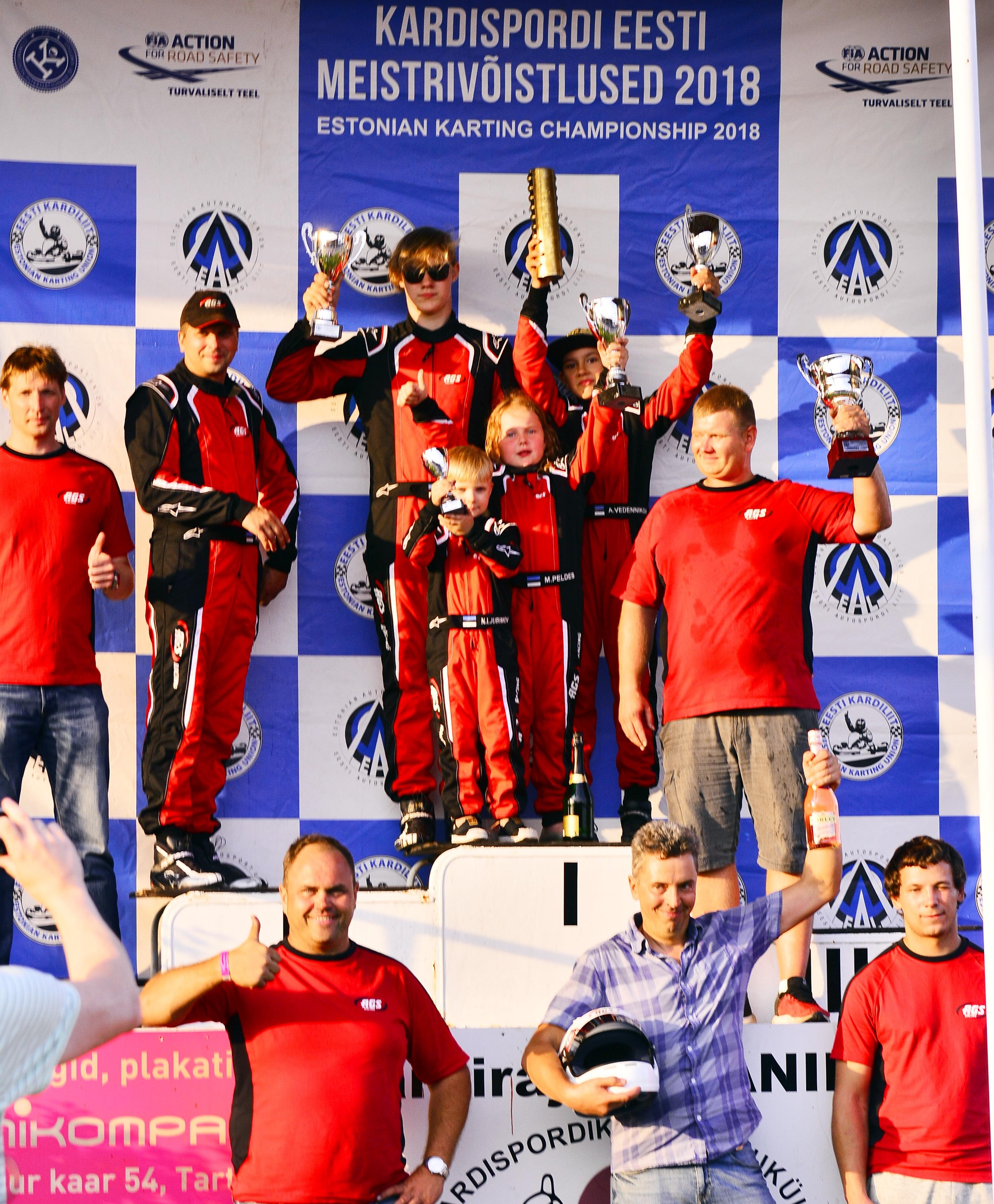 ags_racing_team_poodium