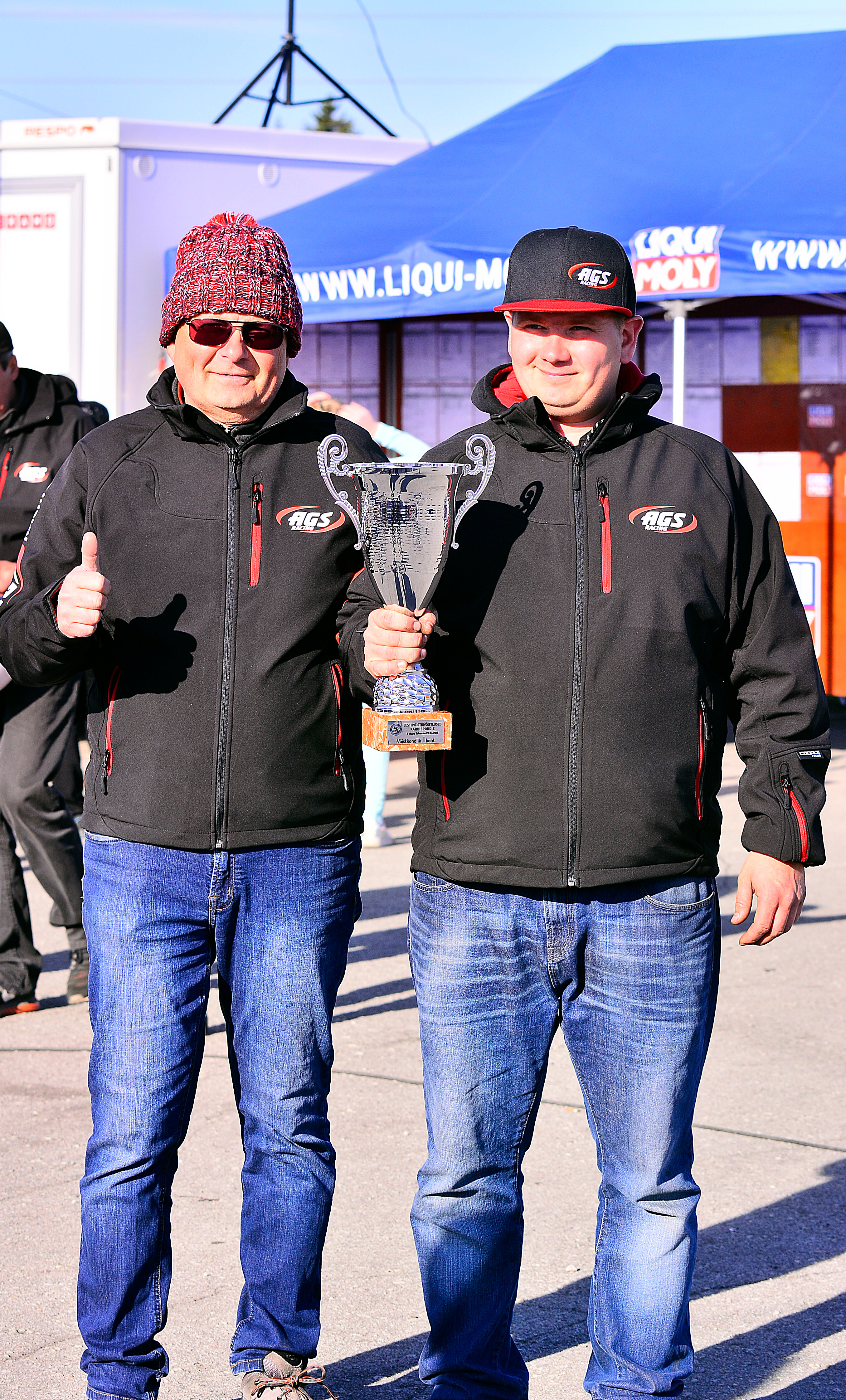 ags_racing_team_võidukarikas
